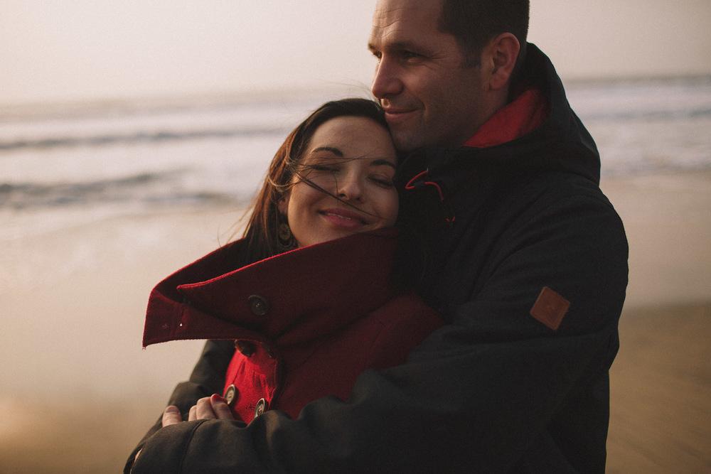 Magnifiques émotions pour ce couple photographié par Jérémy Boyer, photographe de mariage à Bordeaux et Biscarrosse.