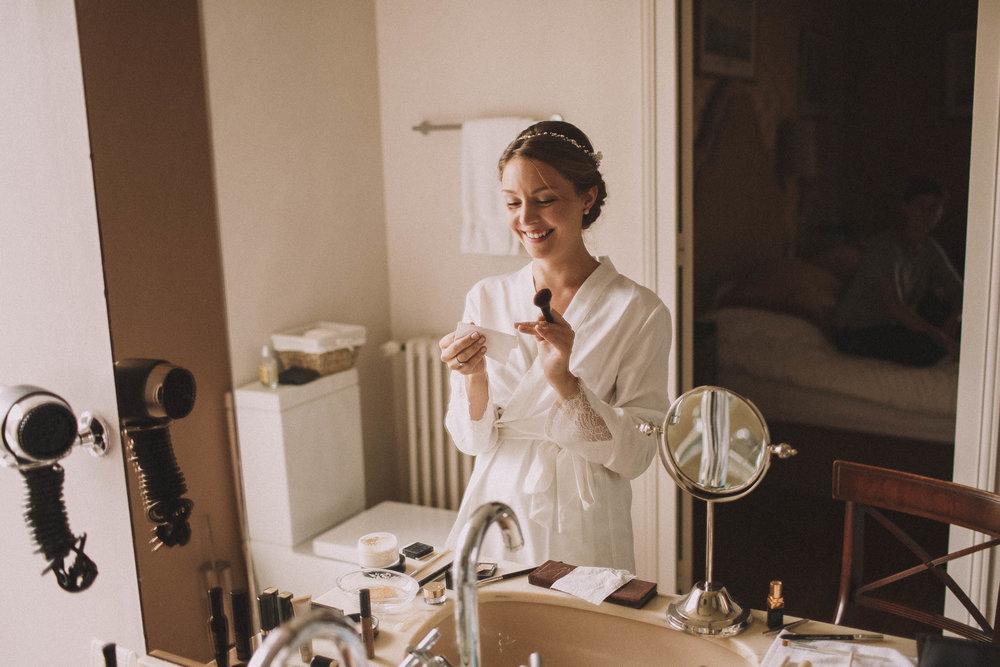 Photographe-mariage-bordeaux-jeremy-boyer-destination-wedding-chateau-pape-clement-emotion-amour-15.jpg