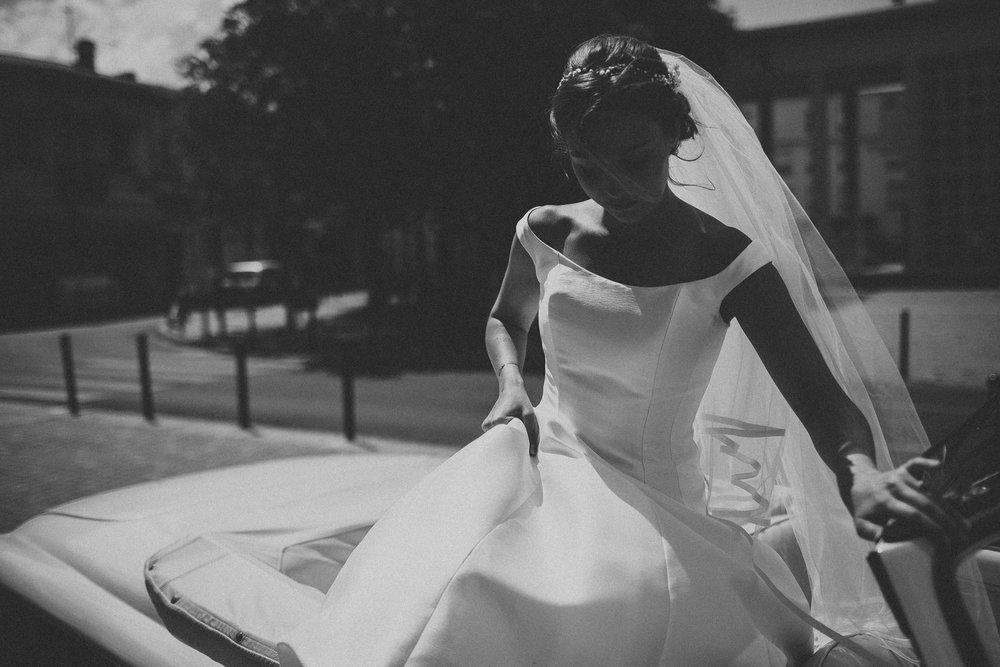 Photographe-mariage-bordeaux-jeremy-boyer-destination-wedding-chateau-pape-clement-emotion-amour-35.jpg