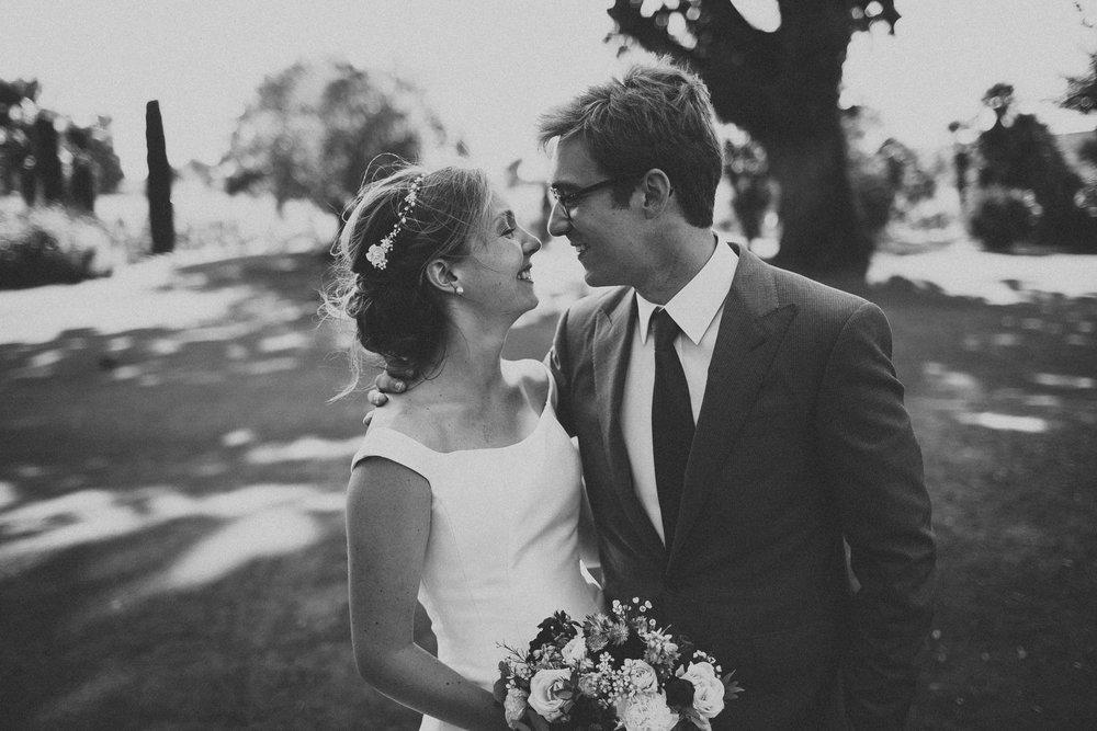 Photographe-mariage-bordeaux-jeremy-boyer-destination-wedding-chateau-pape-clement-emotion-amour-53.jpg
