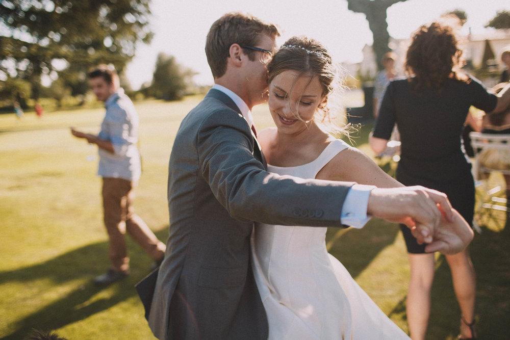 Photographe-mariage-bordeaux-jeremy-boyer-destination-wedding-chateau-pape-clement-emotion-amour-62.jpg