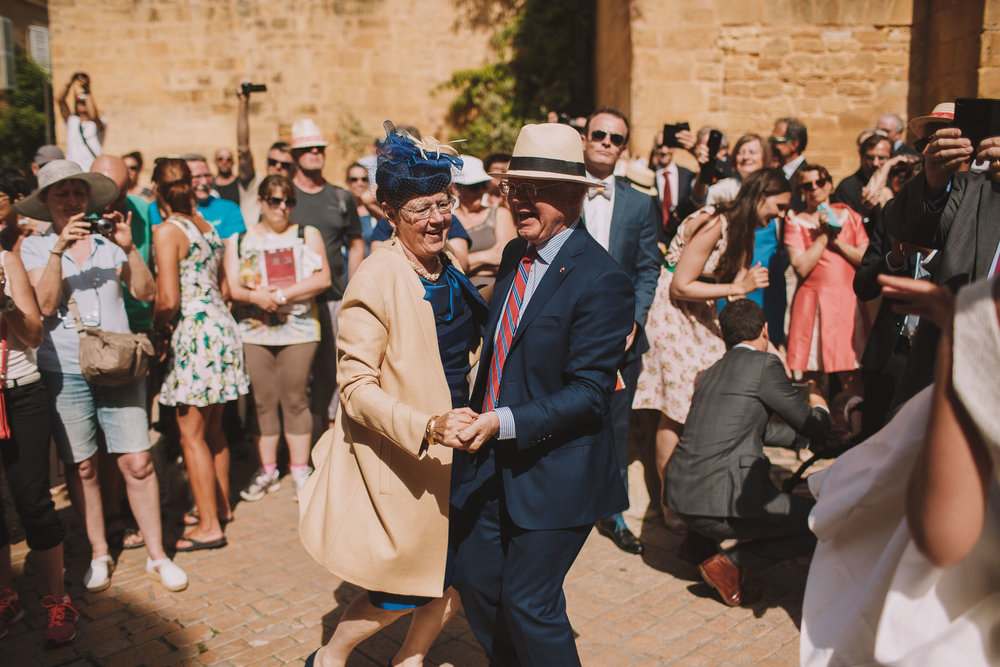 Photographe-mariage-bordeaux-wedding-photographer-jeremy-boyer-dordogne-lacoste-perigord-sarlat-couple-love-103.jpg