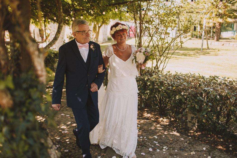 Photographe-mariage-bordeaux-Jeremy-Boyer-ceremonie-laique-gironde-amour-couple-30.jpg