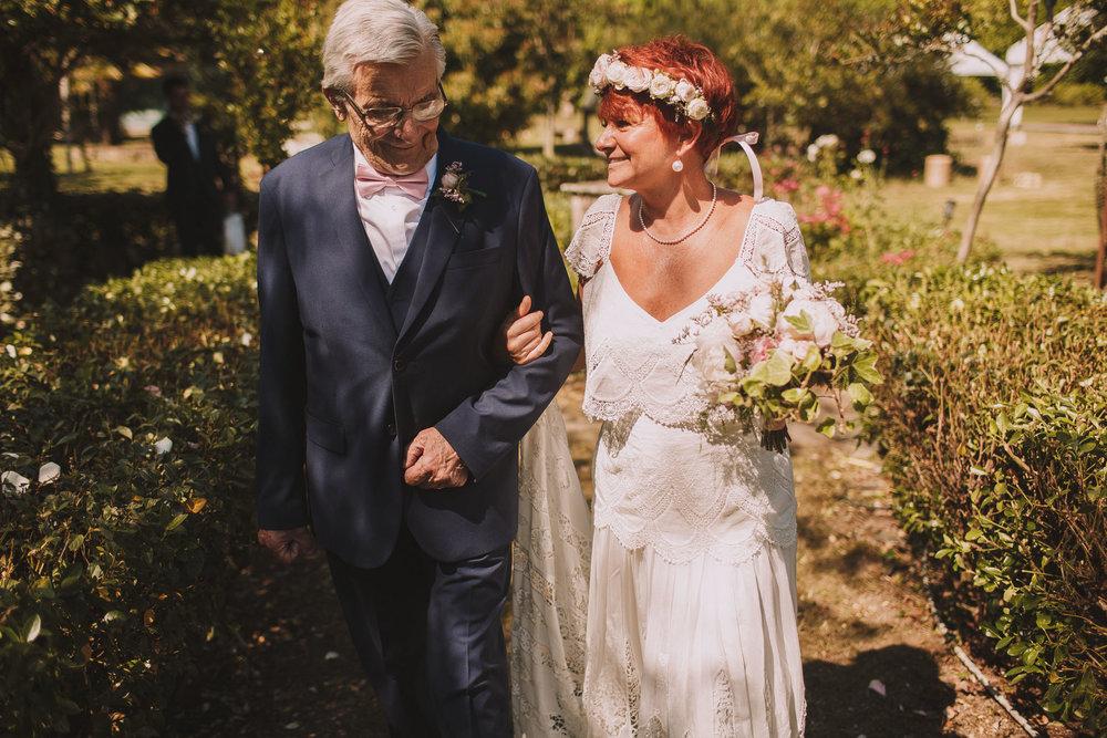 Photographe-mariage-bordeaux-Jeremy-Boyer-ceremonie-laique-gironde-amour-couple-32.jpg
