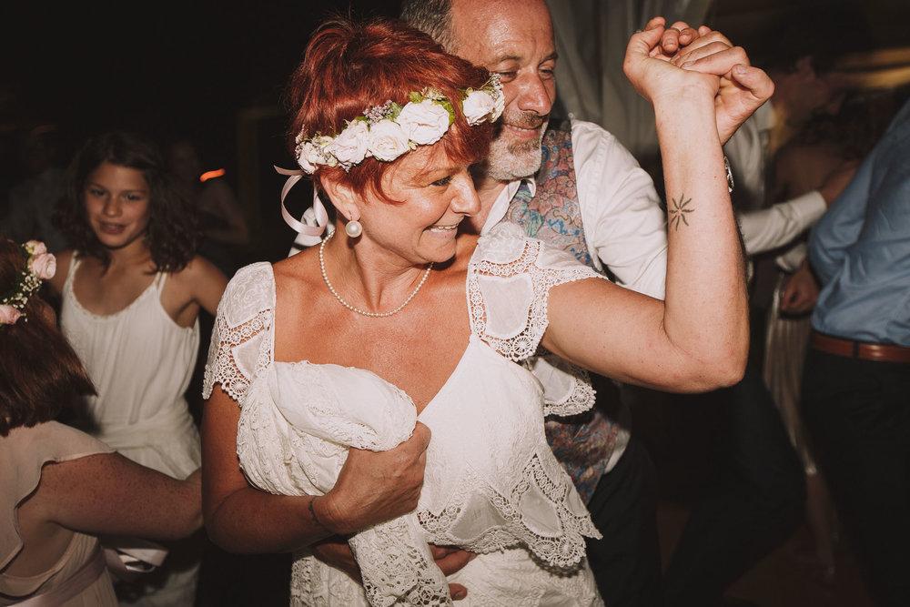Photographe-mariage-bordeaux-Jeremy-Boyer-ceremonie-laique-gironde-amour-couple-106.jpg