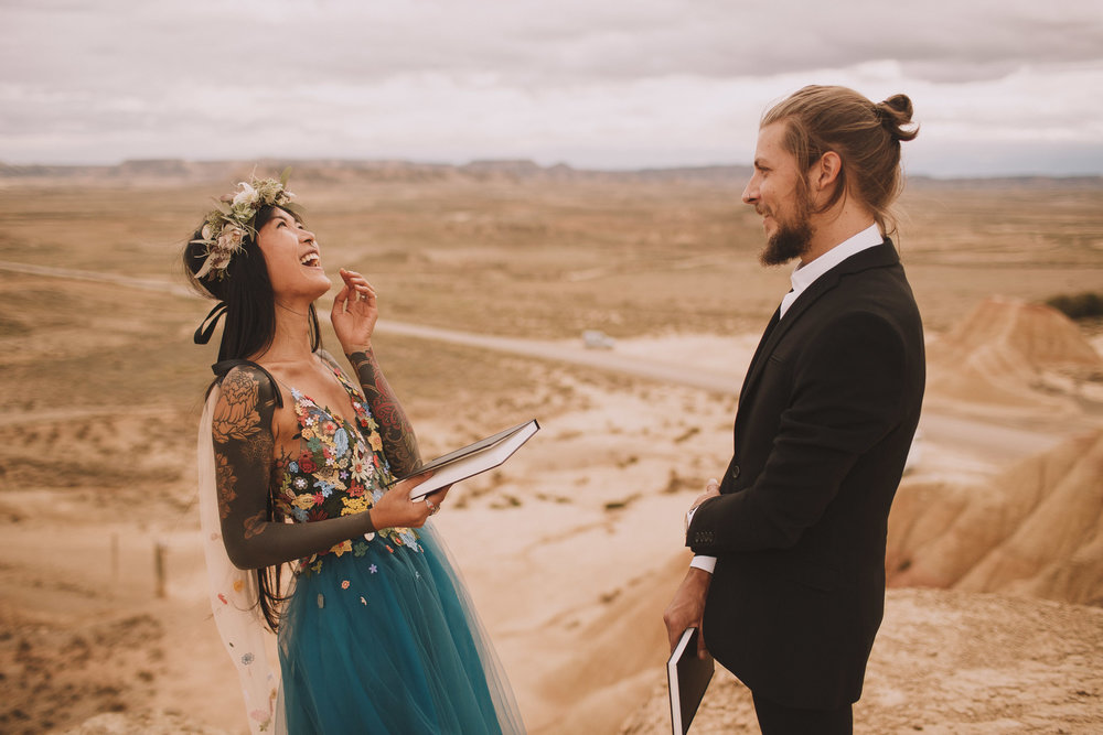 Bardenas-Spain-wedding-photographer-destination-dress-elopement-ceremony-desert-couple-love-jeremy-boyer-107.jpg