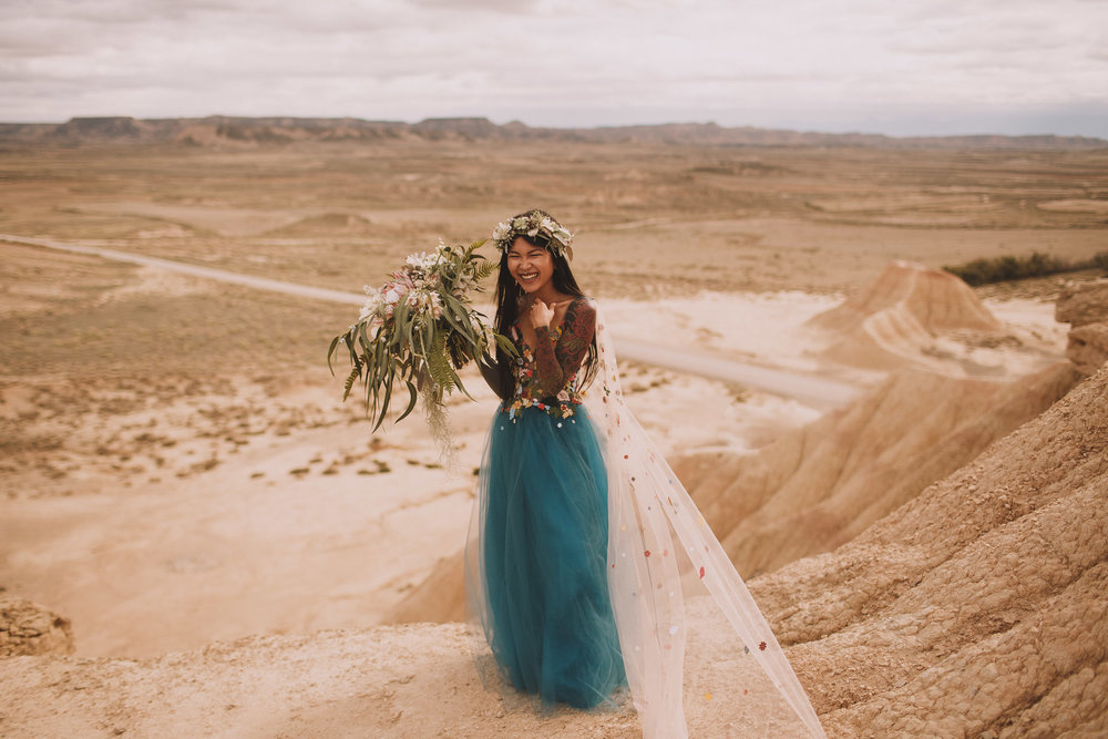 Bardenas-Spain-wedding-photographer-destination-dress-elopement-ceremony-desert-couple-love-jeremy-boyer-132.jpg