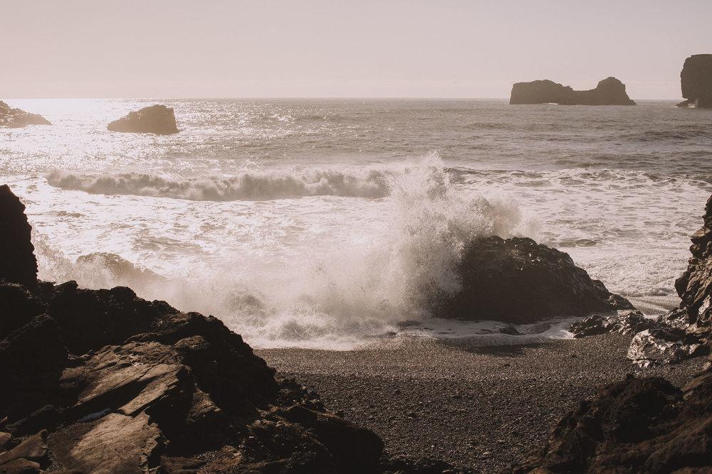 Road-trip-Islande-Iceland-Voyage-Travel-Portrait-Jérémy-Boyer-Sunny-day-Dyrholaey-3.jpg