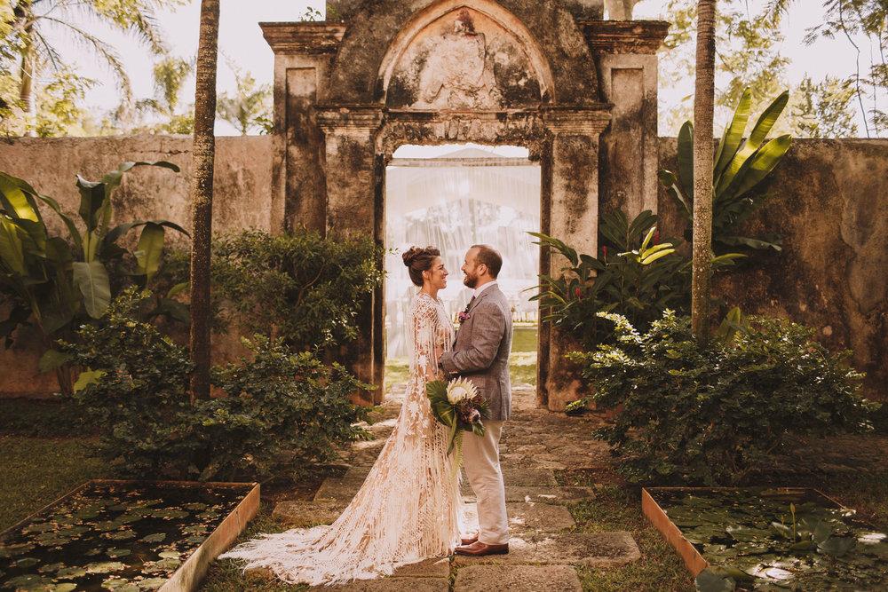 Mariage au Mexique et magnifique robe rue de seine bridal pour la mariée