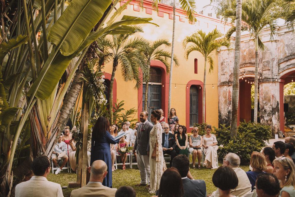 Cérémonie laïque au Mexique dans une hacienda.