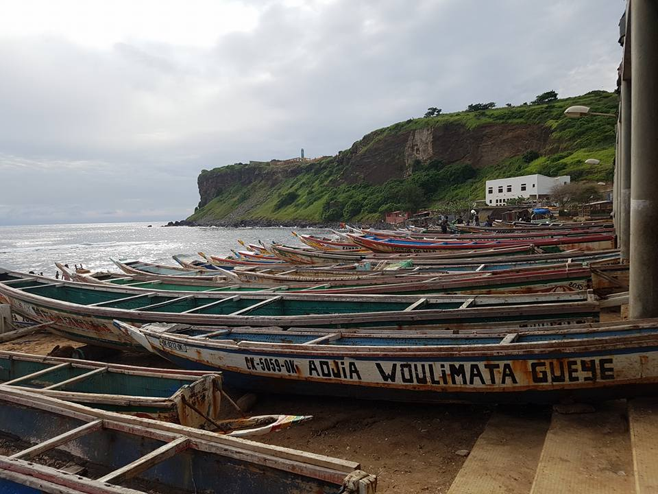 """Båtar som används i det lokala fisket s.k. """"piroger"""""""