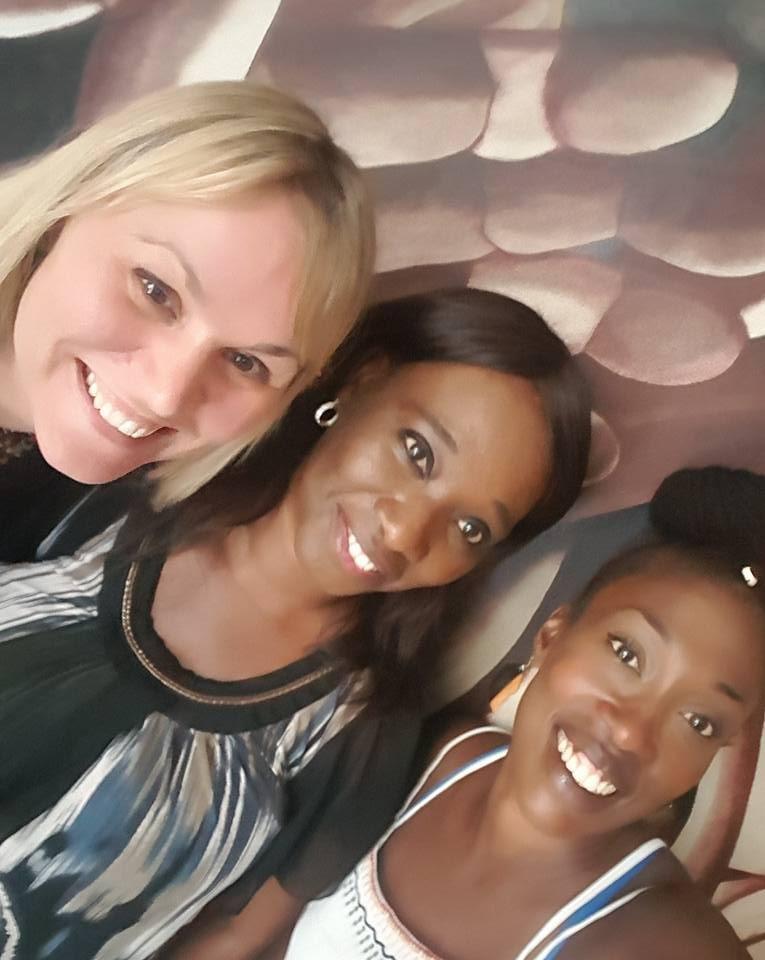 Jag med Coura Mbaye och den fantastiska Mariana Samb, organisationen REPAO