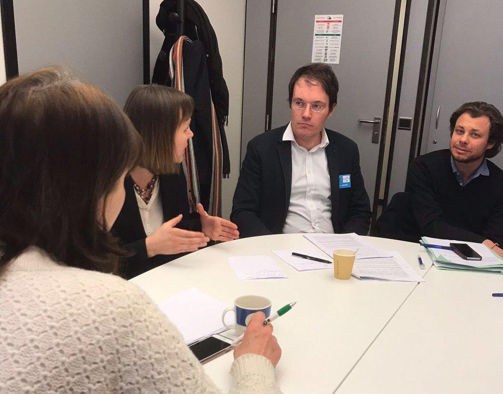 Diskussioner med Gilles Devers, Polisarios advokat i Bryssel, om möjligheterna att ta fram en fiskeripolicy.