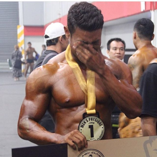 Amazing moment captured after @boombphibool took out 1st Place 🙌🏼👊🏼 Hard work pays off in the end, so keep on grinding #pronutritionthailand #phuketpronutrition #ppn #fitwheyclassic #champion #bodylikeaboss