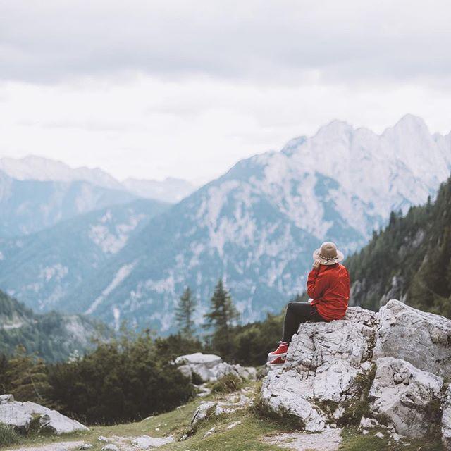 We love traveling and photography ;) how about you?  #nature #visialsoflife #slovenia #triglavnationalpark #visualauthority #czechphoto #igerscz by @matescho #jaivstudio