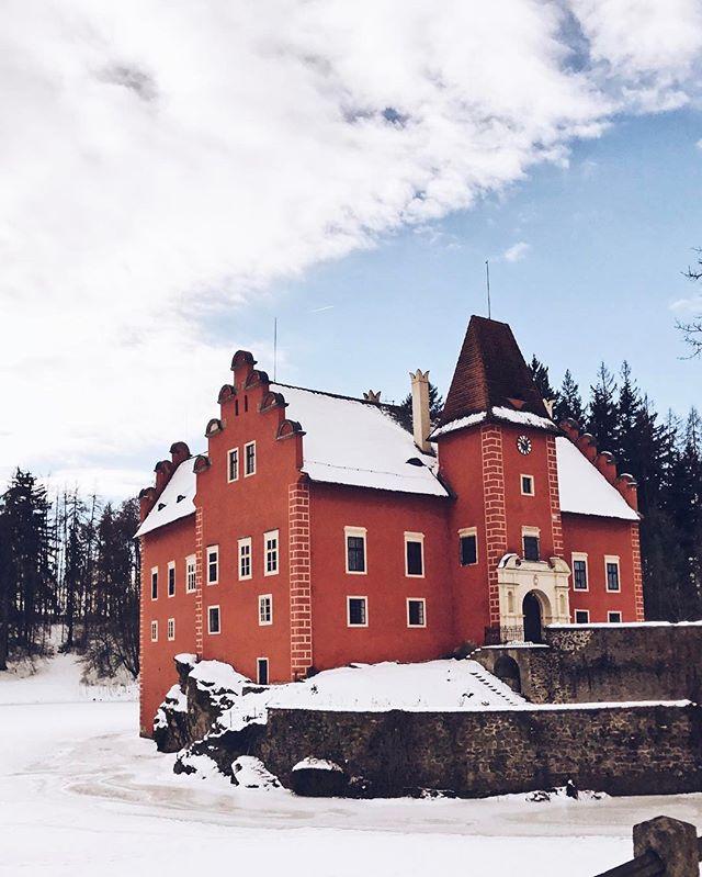 Czech culture #visualauthority #igerscz #visualoflife #czechnature #czechculture #castle