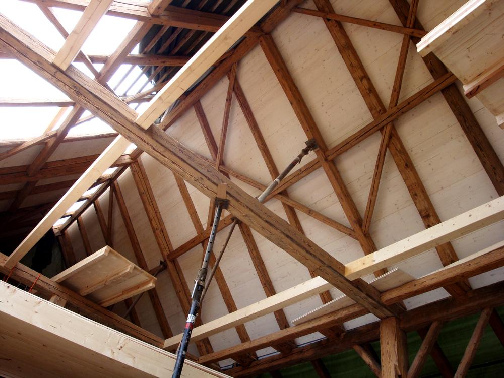 Einbau der sichtbaren Dachschalung