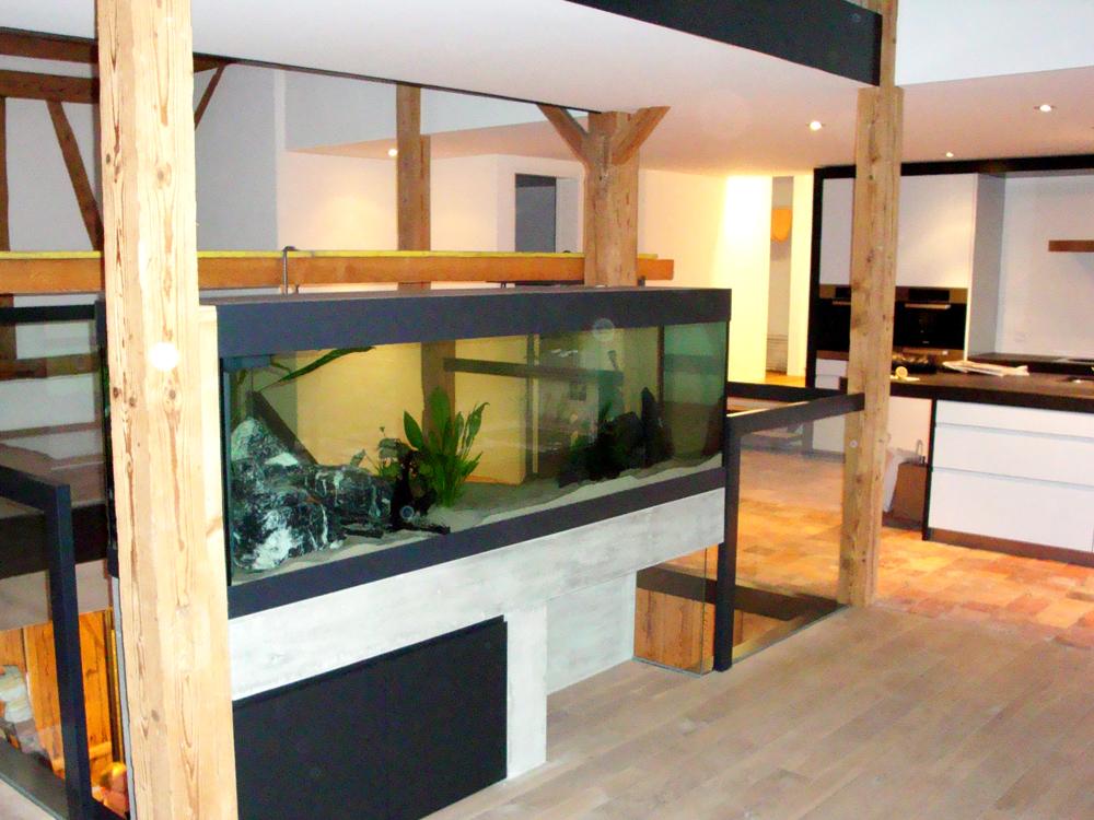 Integriertes Aquarium