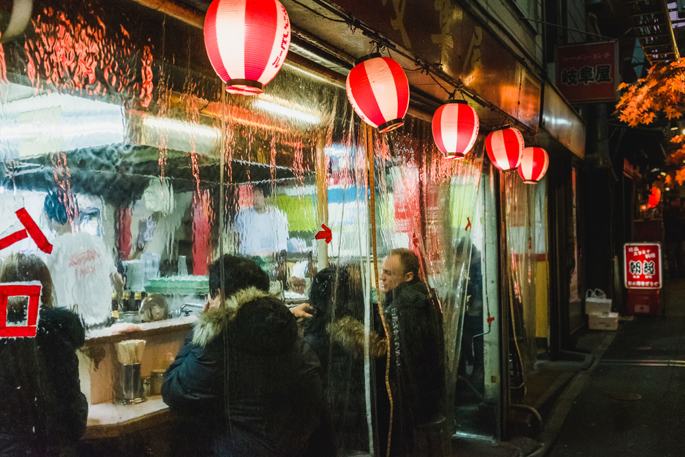 Tiny restaurant in the alley