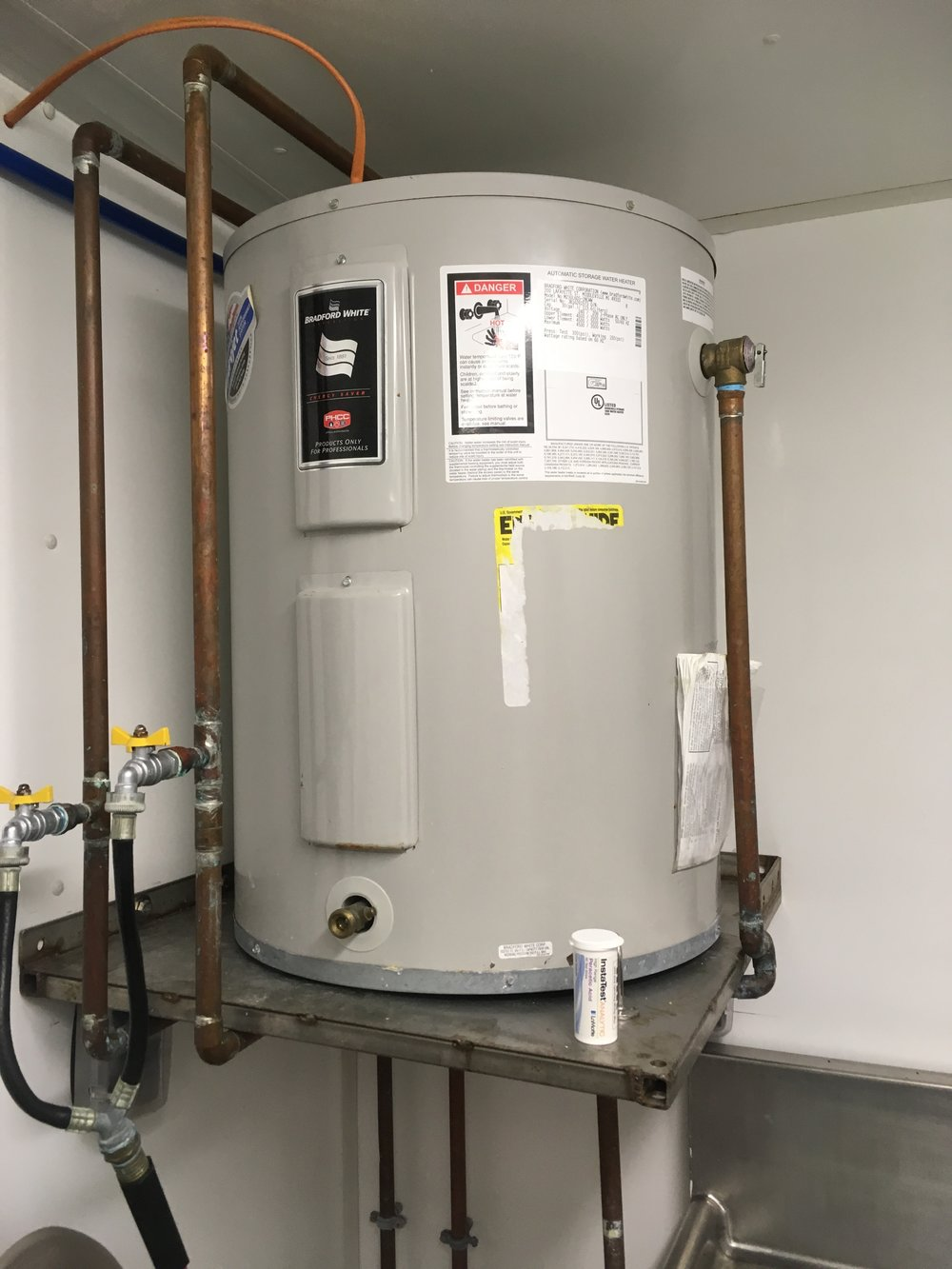 30-gallon water heater.  White & bradford.