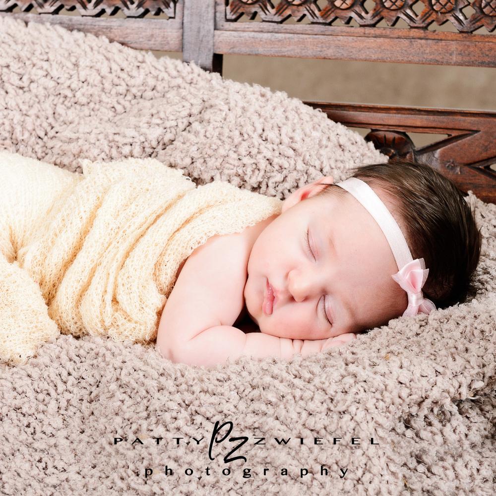 Newborn 13.jpg