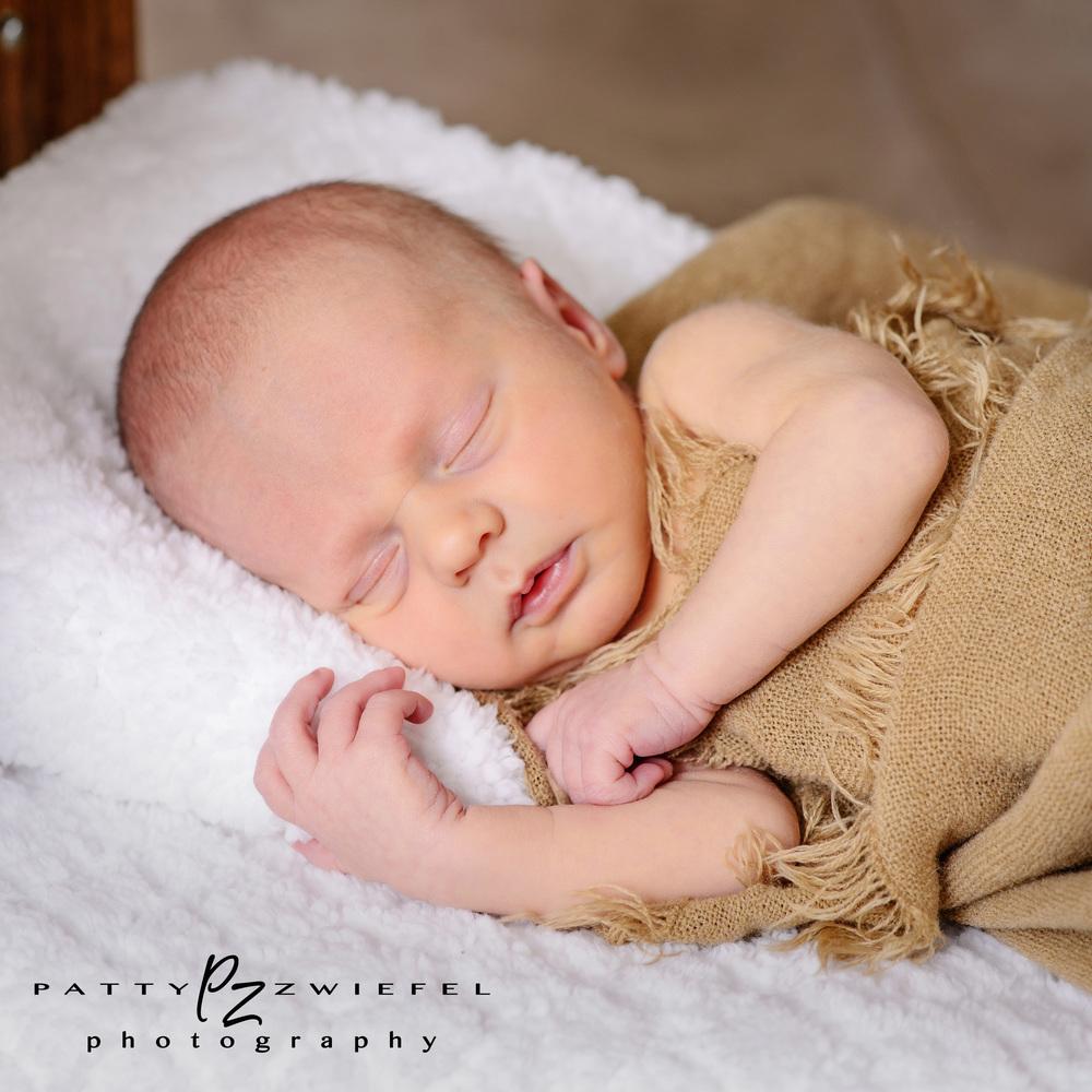 Newborn 16.JPG