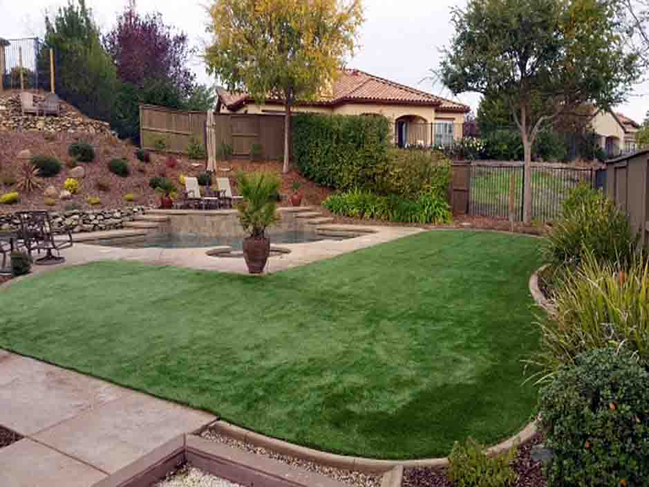 Artificial_Grass_Tarzana.jpg