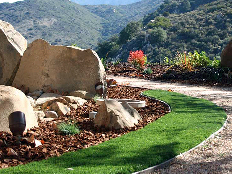 Artificial_Grass_Malibu.jpg