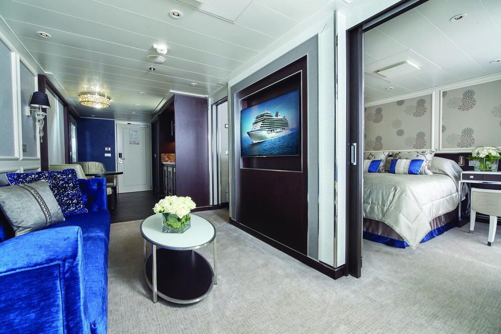 EXP Penthouse Suite 00.jpg