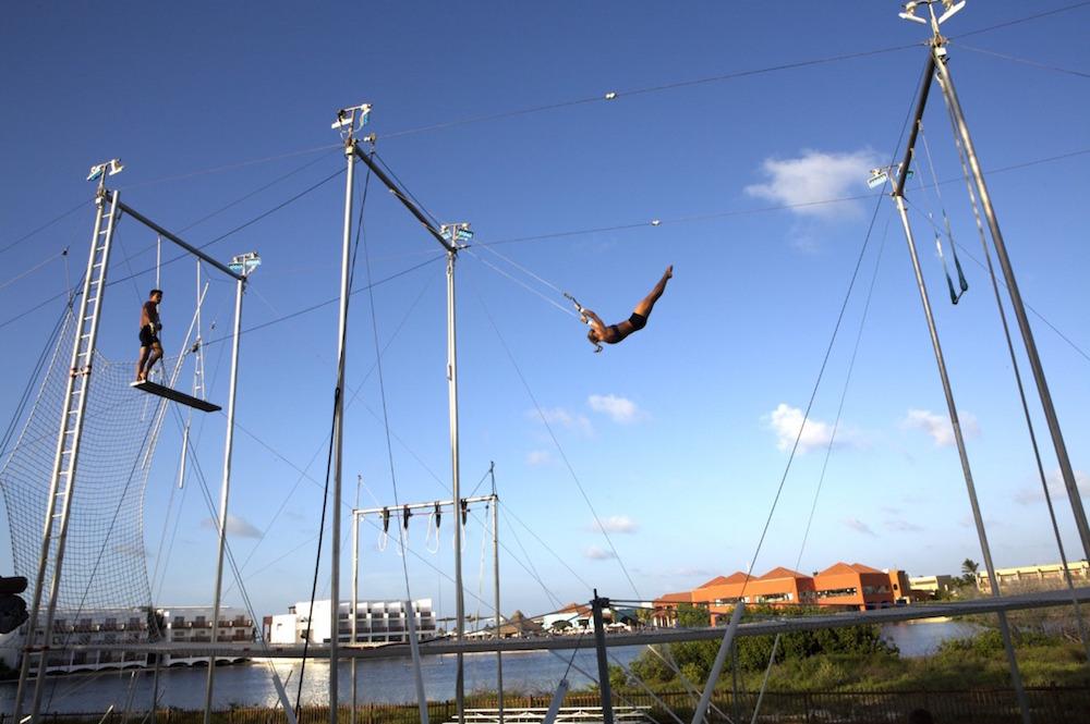 Club Med Cancun Yucatan: Flying Trapeze School