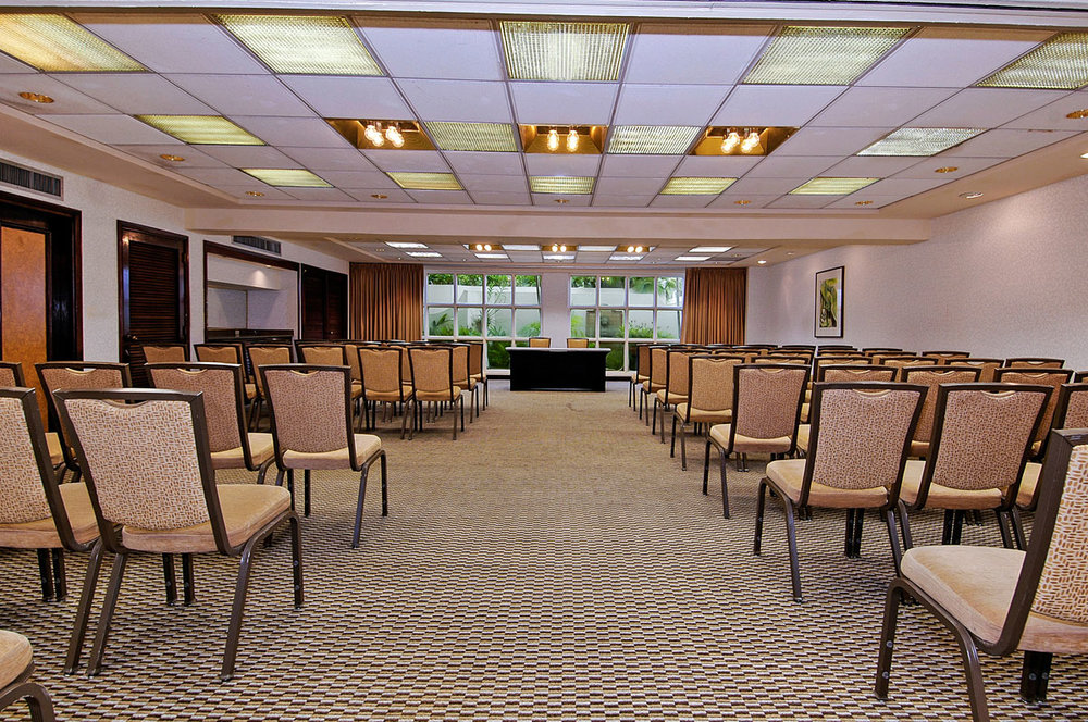 50149885-H1-ESJ-Panorama_Meeting_Room_VHT_0912.jpg