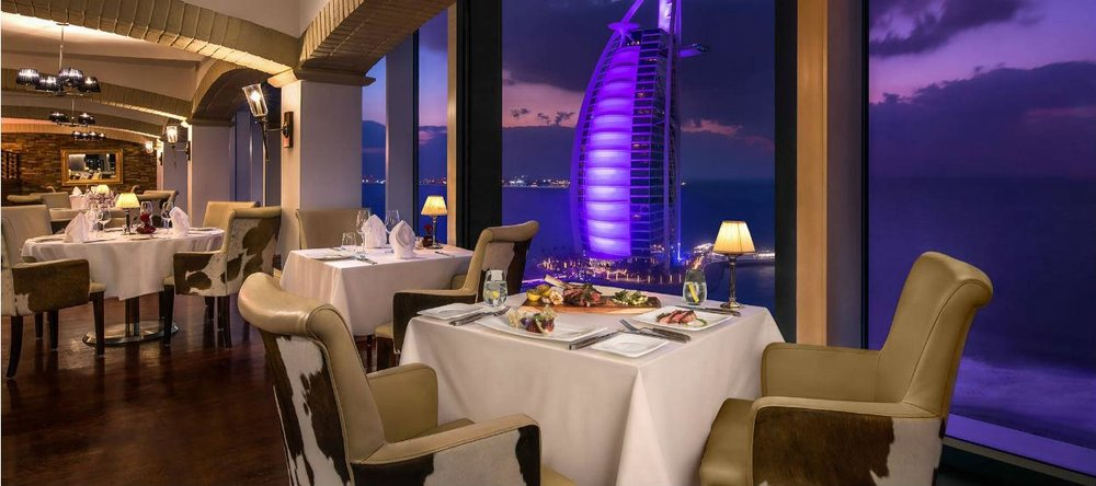 jumeirah-beach-hotel---la-parilla---interior-1.jpg