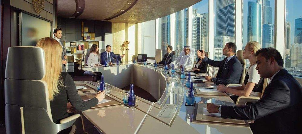 jumeirah-emirates-towers---business-meeting---hero.jpg