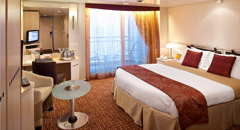 celebrity_cruises_accessible_bedroom.jpeg