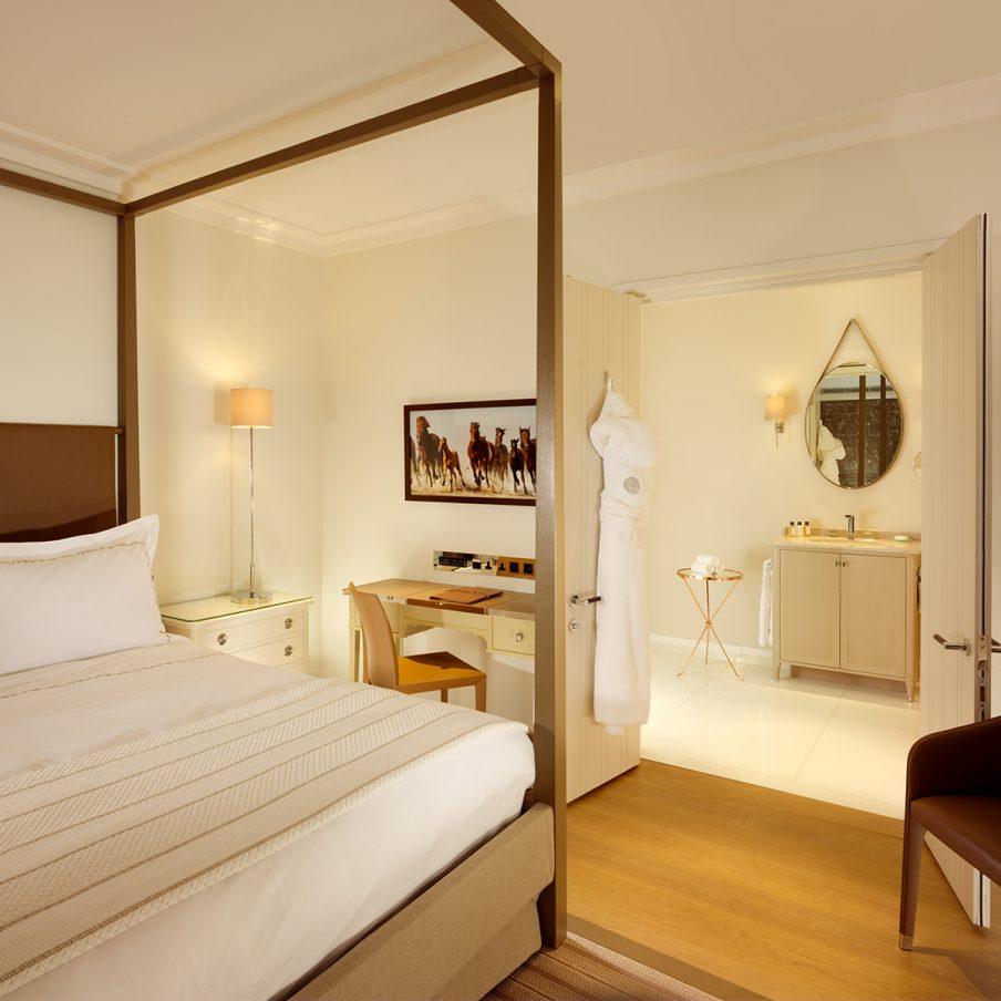 ascot-coworth-park-stable-superior-room-bedroom-1200x1200-904x904.jpg