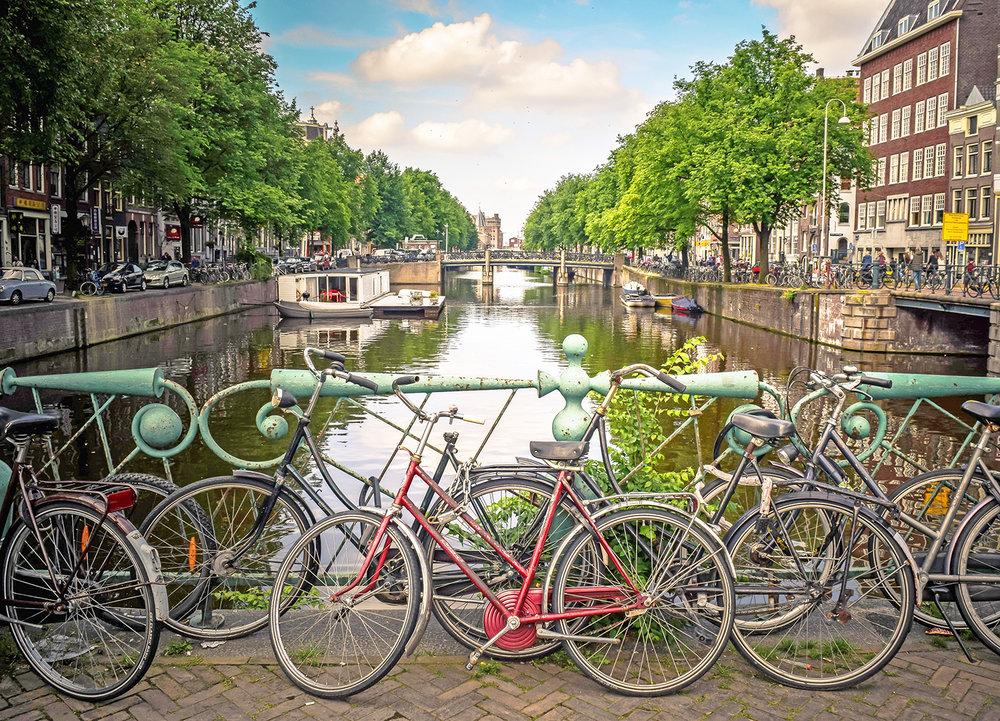 Amsterdam Photo by  Jace Grandinetti  on  Unsplash
