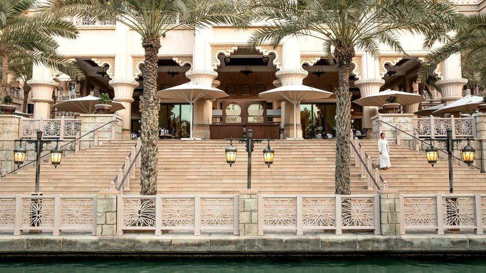 jumeirah-al-qasr-arboretum-gallery-revisted.jpg