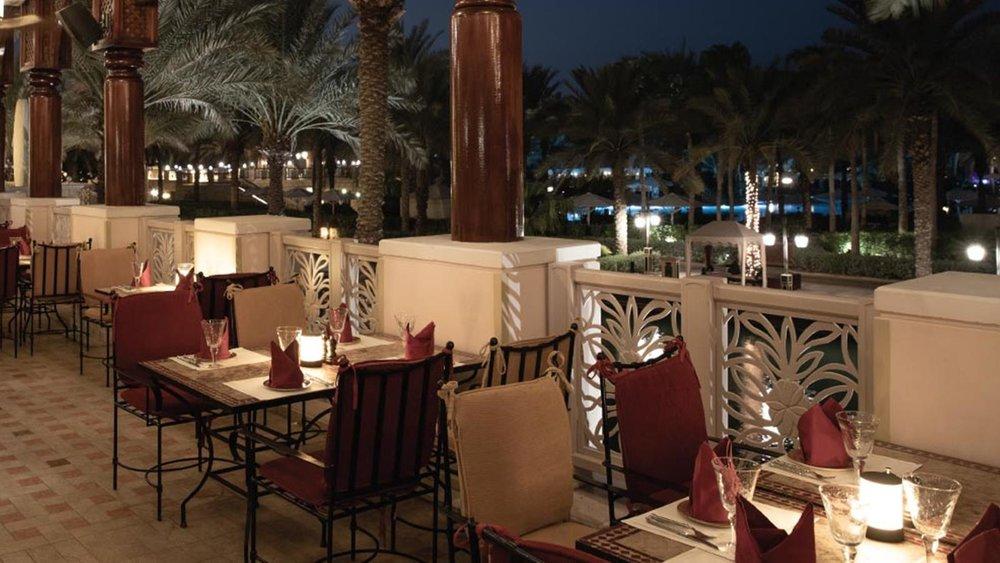 jumeirah-al-qasr-al-hambra-terrace-hero.jpg
