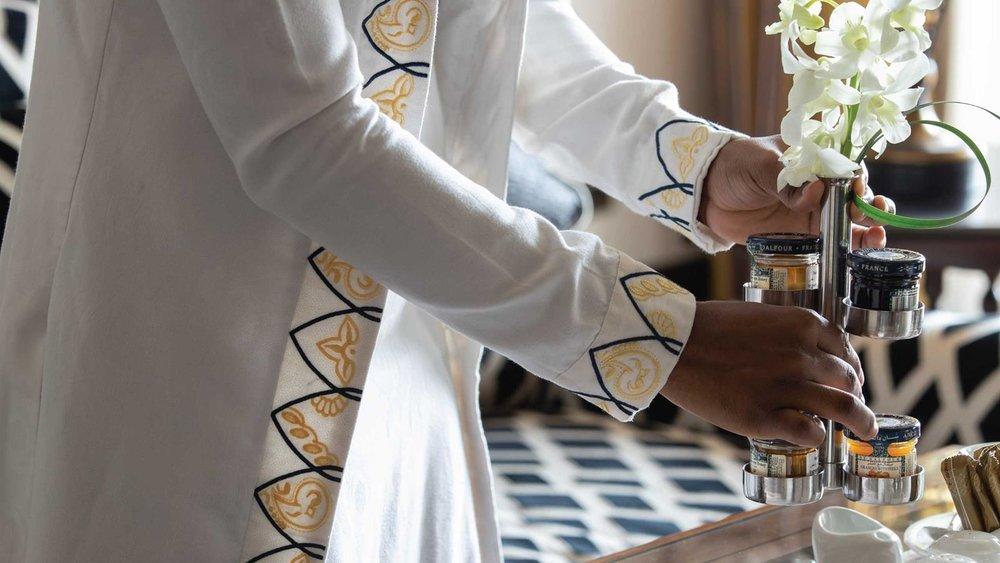 jumeirah-al-qasr-suite-breakfast.jpg