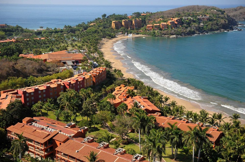 Ixtapa, Mexico - Named one of the world's best family resorts by Trip Advisor, Club Med Ixtapa has all the components necessary for the makings of a perfect family vacation. Soak in the sun as you lounge on our golden sandy beaches, take a stroll in our tranquil indoor garden, explore our unique stargazing lounge, or learn to sail with one of our professional instructors.