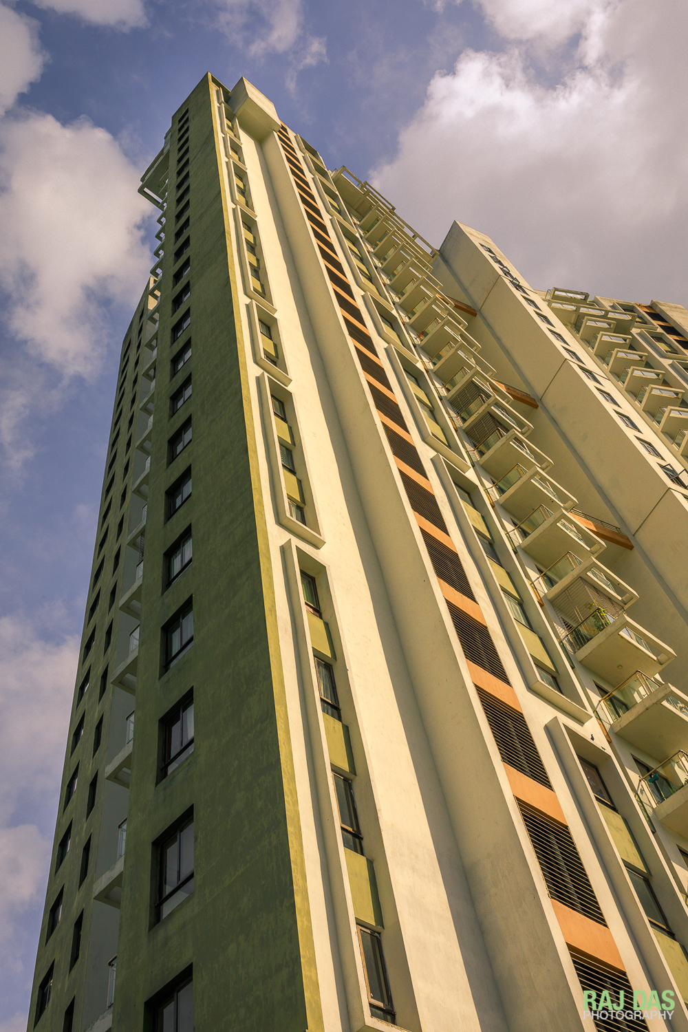 One of five luxury high rise towers in Eden Court where this residence occupies the top two floors