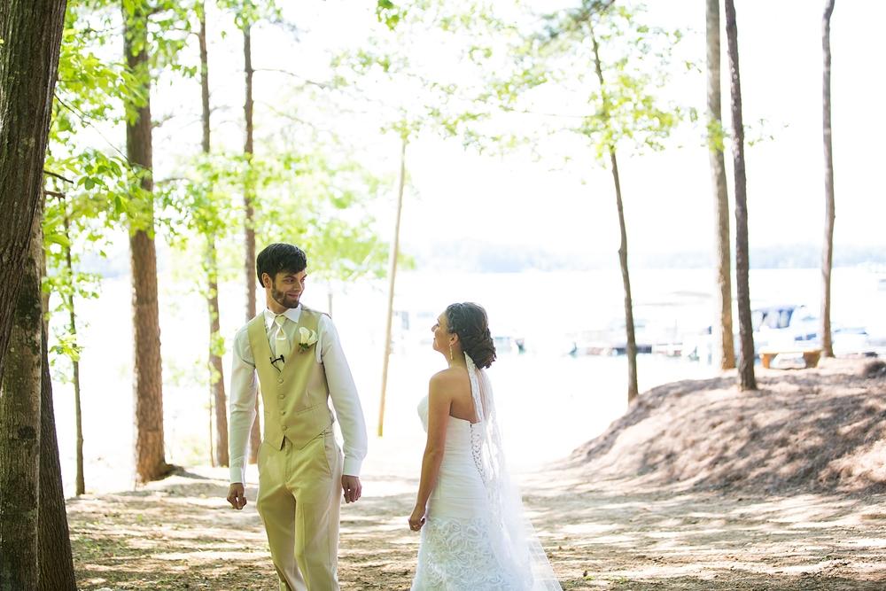 Caroline josh 39 s wedding at hidden cove at lake keowee for A new salon seneca sc