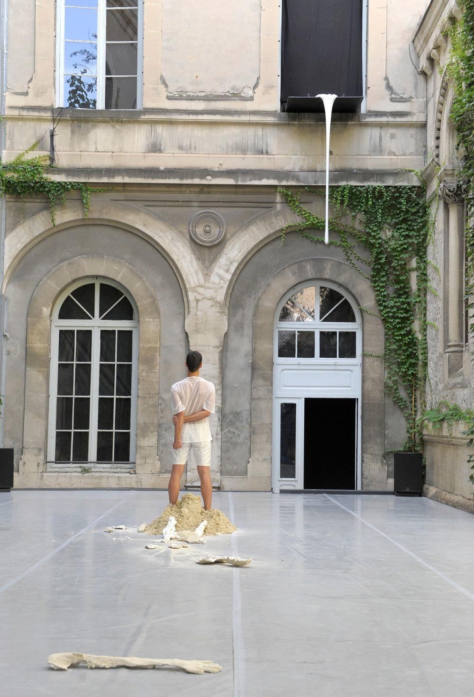 JonahBokaer_CURTAIN_AvignonFestival_©PascalGely_SACD.jpg