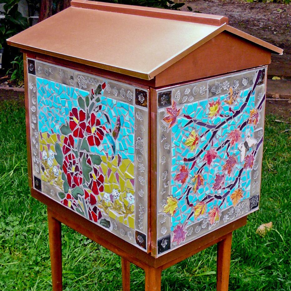 Planet Bee mosaic hive.jpg