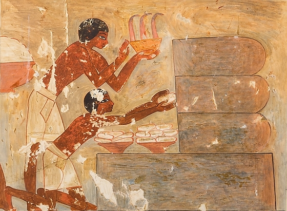 Ancient Egyptians bake honey cakes
