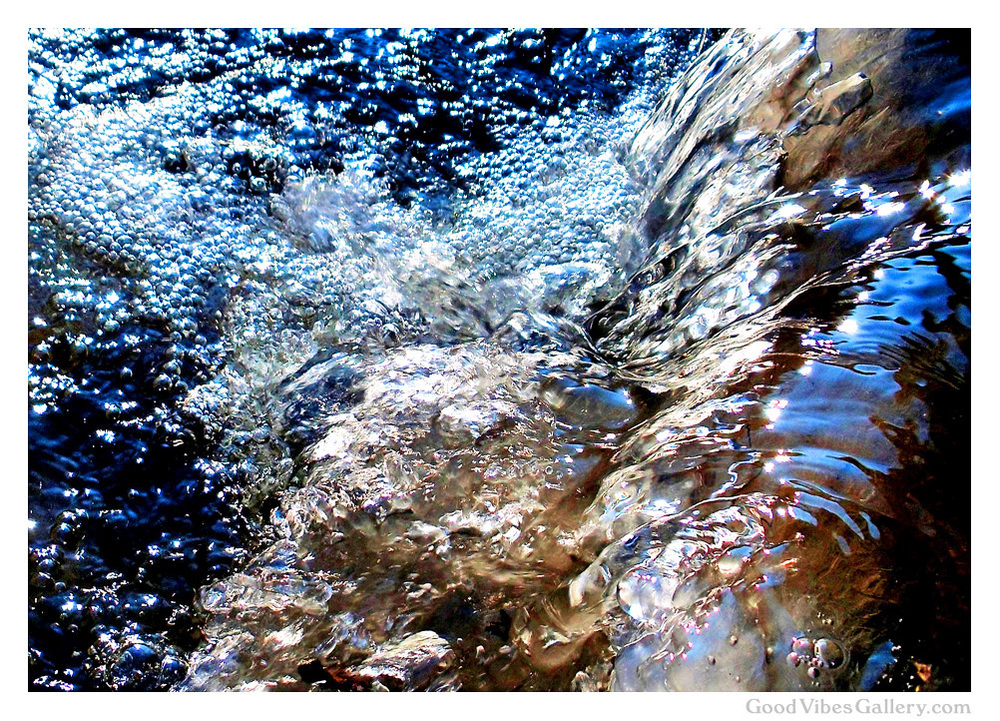 water-photography-nature-photos-zen-tao-art-paintings-fine-art-flow-like-water-liquid-gold-good-vibes-gallery