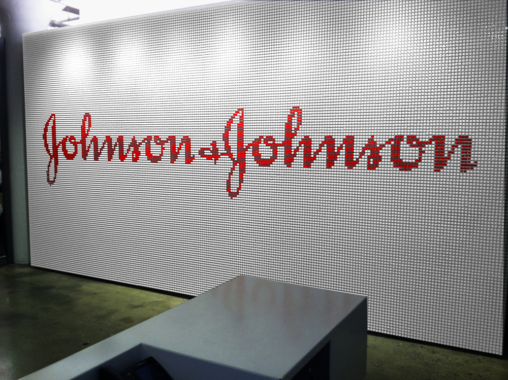 J and J wallRTv2.jpg