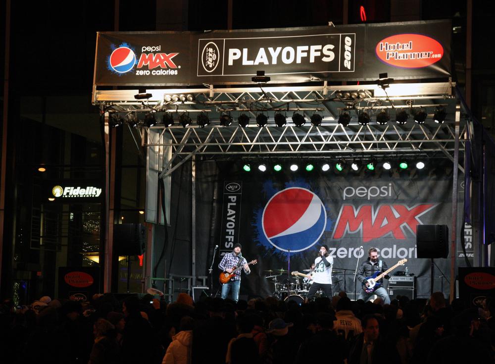 Stage SNY Plaza 2.JPG
