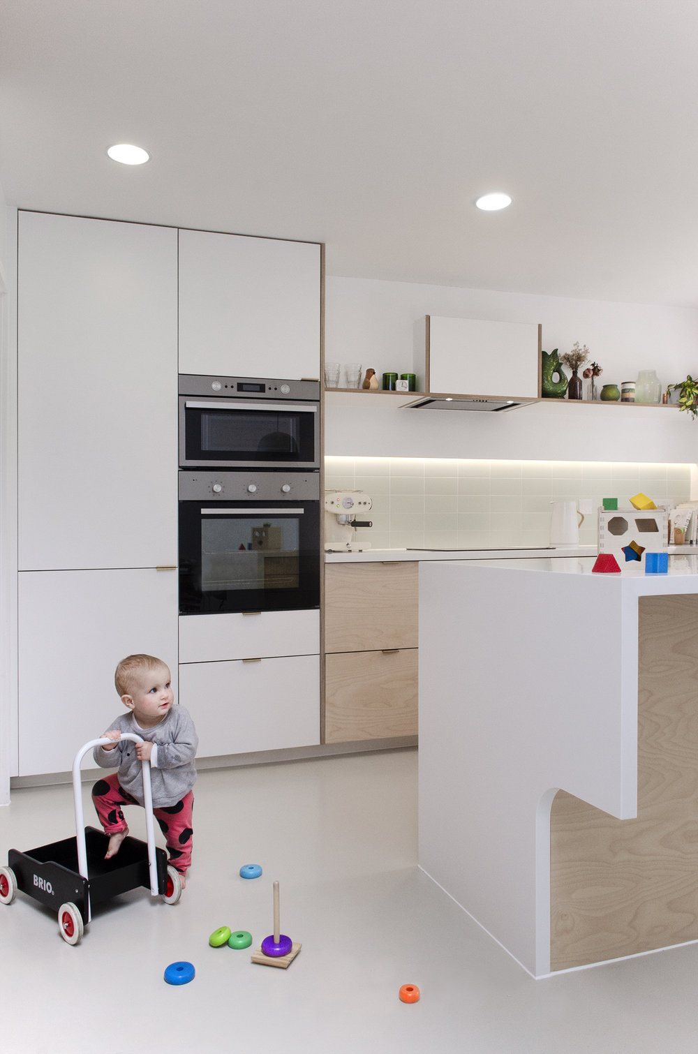 Projects_Office_Southgate Road_Kitchen Side.jpg