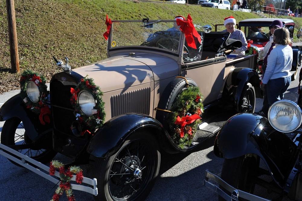 2015 Christmas Parades 4.jpg